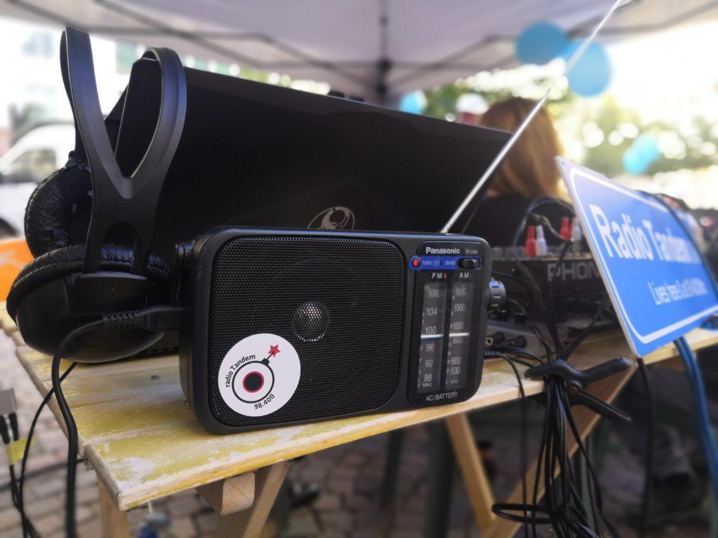 Su Tandem, una radio libera.